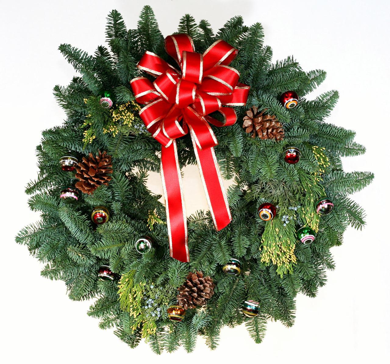 wreath-1199052-1279x1194
